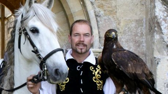 medieval falconry Get answers to your questions about medieval times,  extraordinary horsemanship and falconry as part of an exciting yet touching story set in medieval spain.